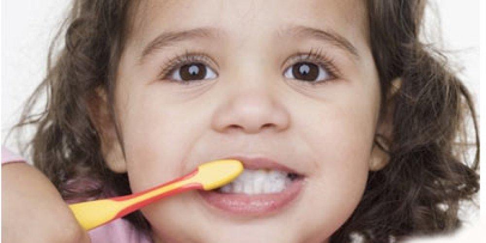Замена молочных зубов