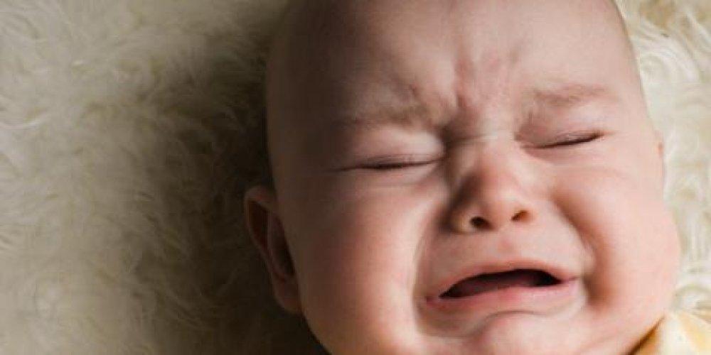 Как помочь ребенку при запоре?
