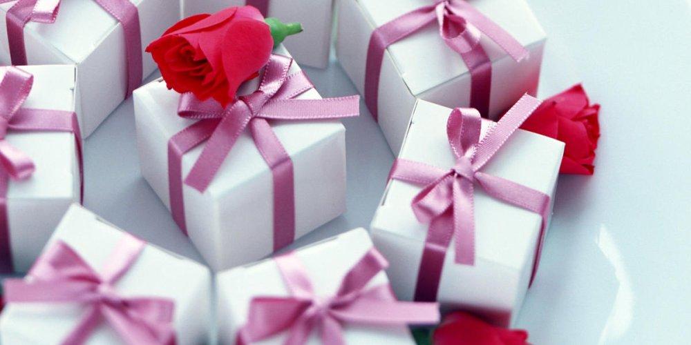 Что подарить дорогому человеку?