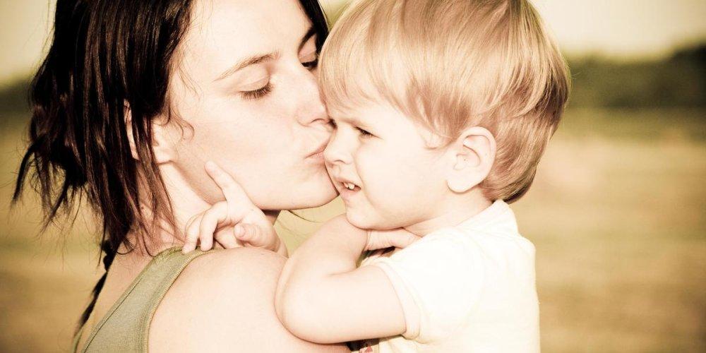 Ухаживающая косметика для детей и их мам