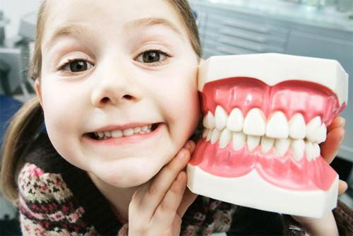 Фото с детскими зубами