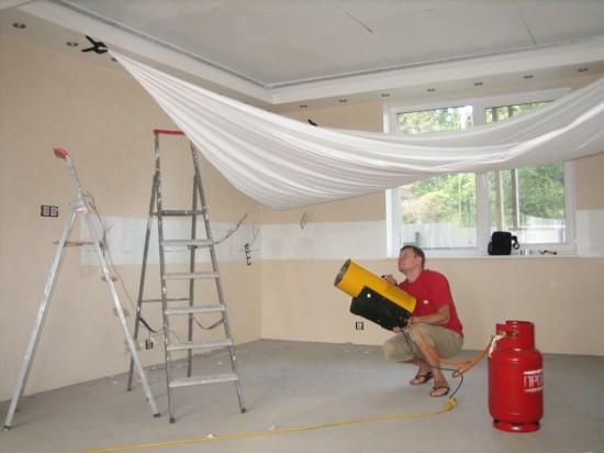 Нужен ли натяжной потолок в детской комнате (3)