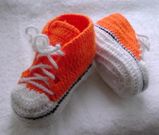 Приданное малышу. Вяжем пинетки спицами (3)