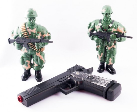 Играть в солдатиков очень интересно (1)