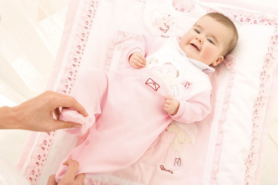 Первые игрушки младенца (1)
