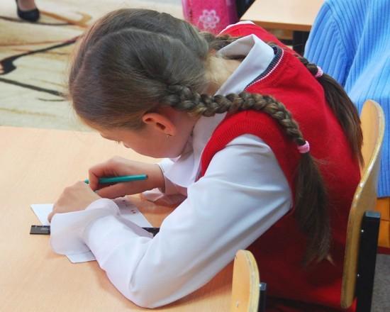 Как важно выработать правильную осанку у детей (1)