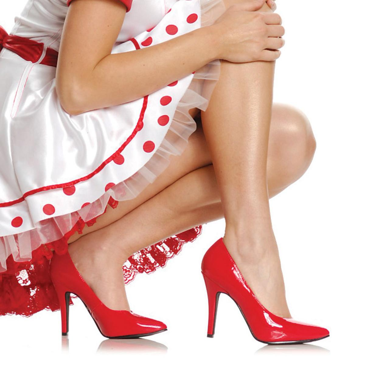 Как разносить тесную обувь 7