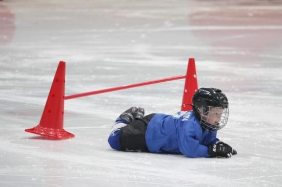 Выбираем детские хоккейные коньки