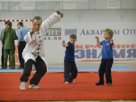 Как привлечь ребенка к занятиям спортом