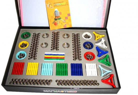Чем полезен детям магнитный конструктор