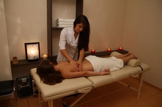 Китайская техника точечного массажа для похудения1