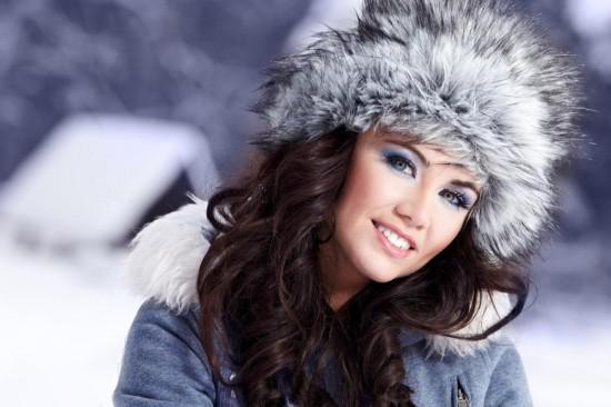 Тепло и модно: меховые шапки1