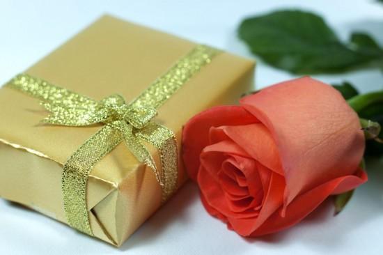 Что подарить дорогому человеку?3