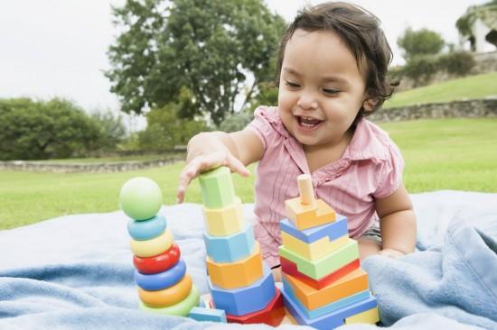 Как уберечь ребенка от опасных игрушек?3