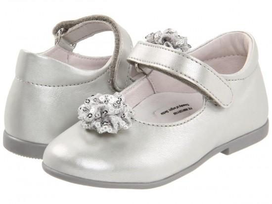 Как выбирать качественную детскую обувь 1