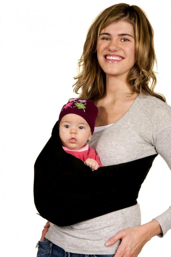 Носим детей на руках без вреда для здоровья