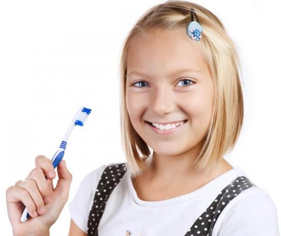 Ультразвуковая зубная щетка для детей 3