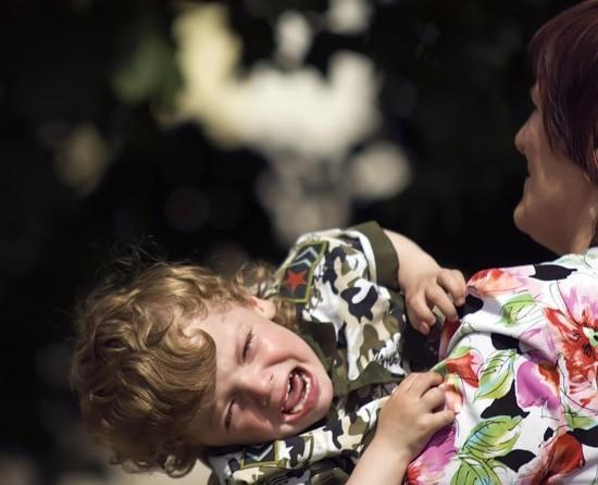 Детские истерики. Как правильно поступить?1