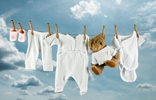 Чем лучше стирать детское белье