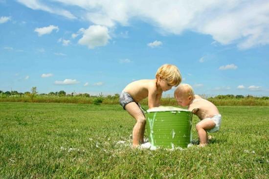 Чем лучше стирать детское белье1