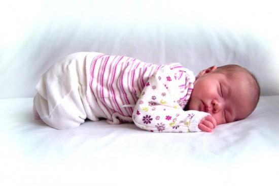 Критерии выбора вещей для новорожденных