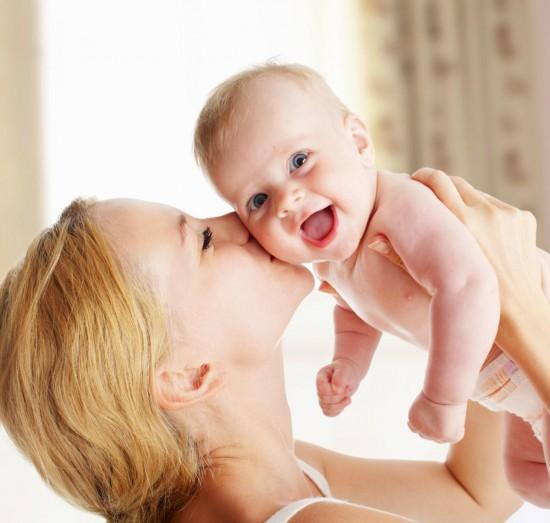 Как помочь женщине побороть стресс после родов?2