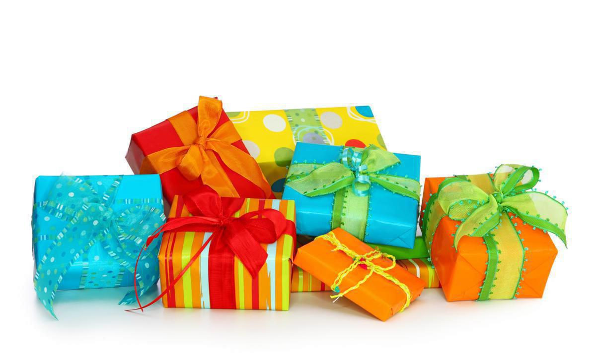 Сделать подарок для бабушки на день рождения
