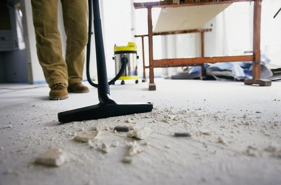 Чем отмыть детскую комнату после ремонта